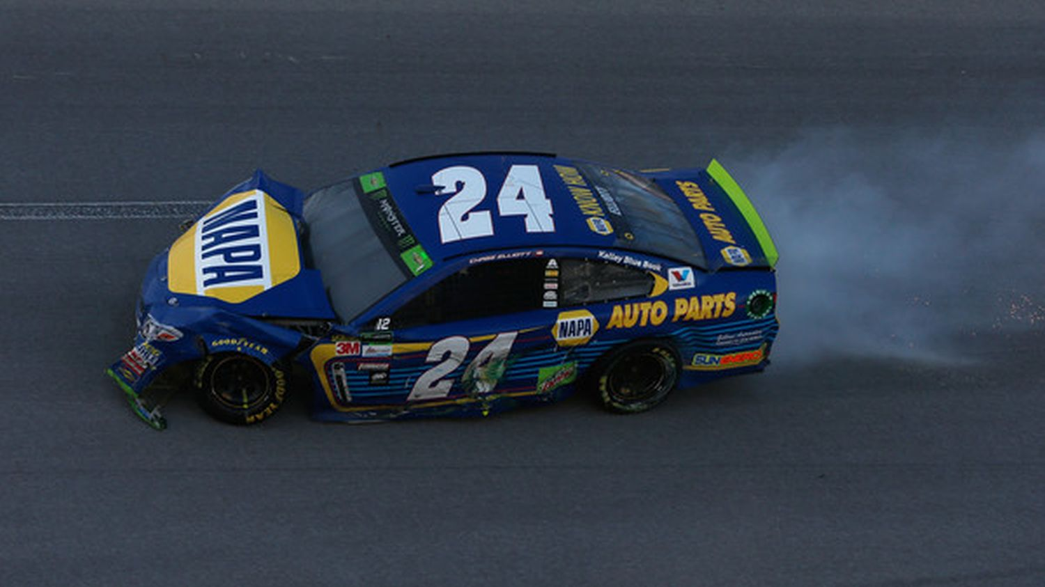 Late wreck ruins Chase Elliott's winning chances | Catchfence